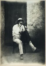 PHOTO VINTAGE 1890 : REGIONALISME TYPE HOMME CHAISE CHAPEAU MOUSTACHE argentique
