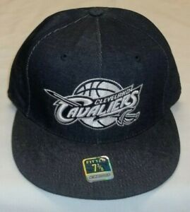 NBA Cleveland Cavaliers Flat Bill Fitted Denim Hat By Reebok - Size 7 3/8 New