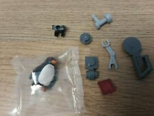 New LEGO Super Heroes Penguin from Set 70909