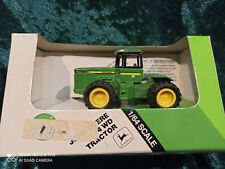 TBE45667A Neu John Deere 8245R Traktor,Silber 100 Jahre,1//64 Maßstab,Jahre 14+