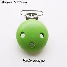 Pince bretelle / Clip en bois, attache tétine, pince passant de 25 mm : Vert