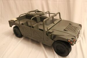 Hasbro 2003 Gi Joe Humvee Armament Carrier 1/6