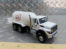 1/64 ERTL custom farm toy fs farm service white ih workstar lp propane truck