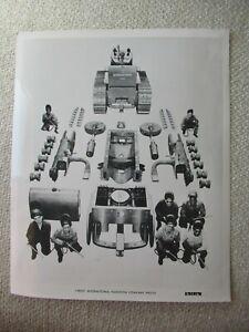 "IH International crawler tractor disassembled stock PHOTO 10x8"""