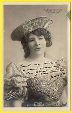 """cpa Dos 1900 Photo Paul BOYER, Paris ACTRICE Mlle BOULANGER dans """"La Sorcière"""""""