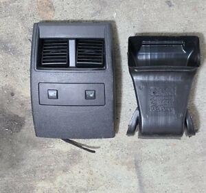 Chrysler 300c Dodge Magnum Charger Hemi SRT8 05 06 07 Heated Seats Rear Console