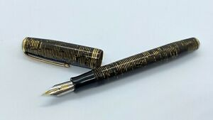 GORGEOUS PARKER OVERSIZE VACUMATIC, GOLDEN BROWN, SPRINGY, 14K MED NIB, CANADA