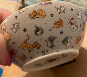 New Disney Parks 2020 Cat Dish Food Bowl Meow-gical Aristocats Mochi Figaro Yzma