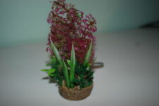 Aquarium Plant And Sandstone Base Complete With Airstone 6 x 16 cms