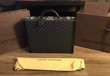 AUTHENTIC Louis Vuitton President Briefcase In Damier Graphite NEW & UNUSED