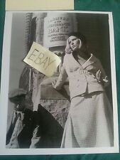 Faye Dunaway Bonnie  Clyde Auto Card 3 by 5 Photo