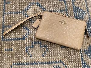 COACH Signature Debossed Patent Leather Corner Zip Wristlet~Platinum~New