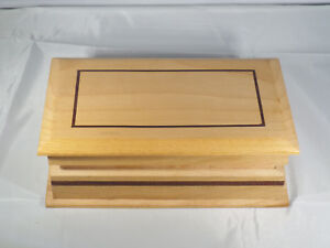 Wooden Keepsake Trinket Box With Dark Brown Trim