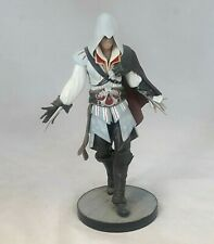 "Assassins Creed II Ezio Figurine 8.5"" Tall - Free Standing on Plinth - B14"