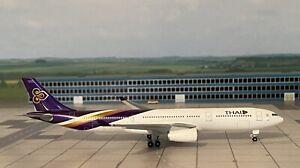 Airbus A330-300 Thai Airways 1:500 mit OVP Herpa NG
