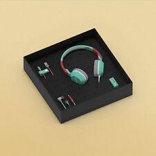 Vespa Aquamarina Gift Set - Headphones, Earphones, Cable , Car Charger