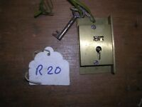 BRASS CABINET LOCK AND KEY (R20)
