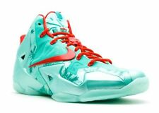 Nike Lebron 11 XI xmas Christmas size 13. 616175-301. green red mint. 12 XII 12