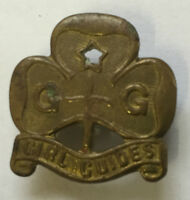 Original Vintage Brass Gold Girl Guides Badge Brooch Collins London
