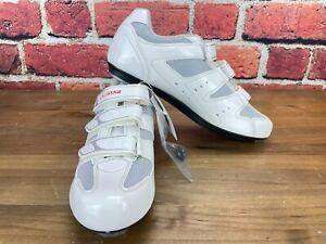 Exustar Carbon Men's 45 (EU) 11 (US) Road Cycling Shoes 3-Bolt E-SR442-WH White