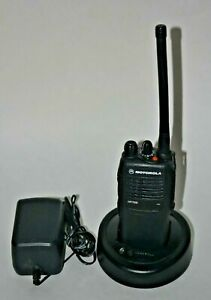 Motorola HT750 16 Chl, 5W  VHF (136-174 MHz) two way radio , AAH25KDC9AA3AN, HAM