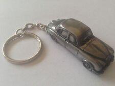 Daimler V8     3D split-ring keyring FULL CAR ref54