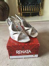Women's Beautiful Italian Renata Designer Shoes/Sandals size 6 / 6.5