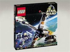 LEGO Star Wars B-Wing Fighter at Rebel Control Center