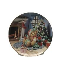 Thr Hamilton Collection Happy Holiday Friends Plate