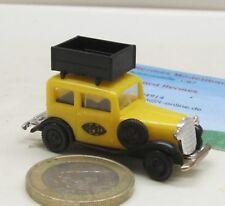 Brekina 1135:    Opel P4 mit Dachkiste,  gelb    (409)