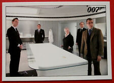 JAMES BOND - Quantum of Solace - Card #013 - The Trail Becomes Warm Again