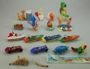 Lot of 17 Kinder Surprise K00-N26 2000 and K01-N47 2001 Years + some papers D300