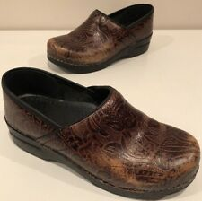 Dansko Clogs Occupational Womens Shoes Size 39 Brown Patterned Nurse