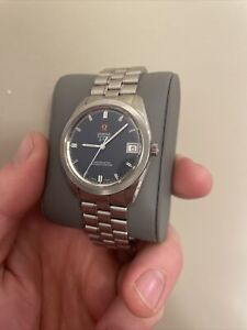 Omega f300 Chronometer 1250 Electronic 1970's Slate Blue Dial Watch
