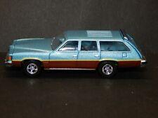 Greenlight 1/64 scale 1977 Pontiac Lemans Safari Estate Woody Wagon Blue RARE