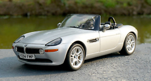 Kyosho 1/18 Alloy diecasting car model Silver BMW Z8 Convertible Gift collection