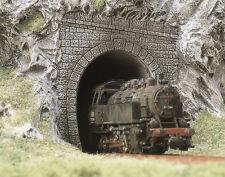 Busch 2 Tunnel Portals 7025 HO & OO Scale