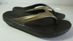 Oofos Oolala Black Bronze Thongs Flip Flops Comfort Sandals Shoes Size 9