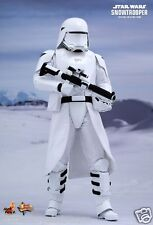 STAR WARS EPISODE VII. FIRST ORDER SNOWTROOPER 1/6 HOT TOYS