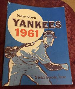 1961 New York Yankees Baseball Yearbook - Jay Publishing, Original owner - NICE