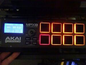 Akai MPX8 SD USB MIDI Portable DJ Studio Sample Pad Controller with psu & box