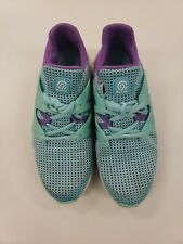 Girls champion shoes Size 4
