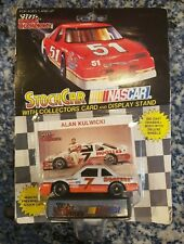 Racing Champions #7 Hooters 1992 Ford Thunderbird 1:64 Diecast Car
