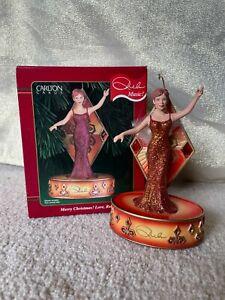 Carlton Heirloom Ornament - Merry Christmas! Love, Reba - Musical Mcentire