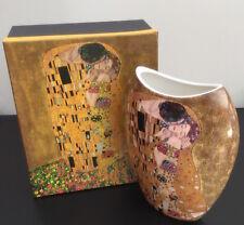Ceramic Vase The kiss Picture Boxed Australian