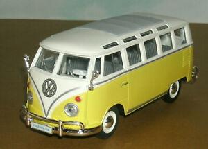 1/25 Scale 1963 Volkswagen 21-Window Type 2 T1 Samba Diecast Model Maisto 31956