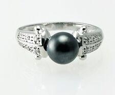 14k White Gold Ladies Black Pearl and Diamond Ring