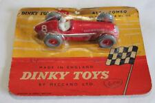 Voitures, camions et fourgons miniatures rouges en plastique Dinky