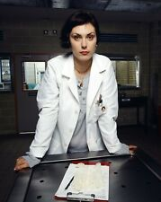 Homicide: Life on the Street - TV SHOW PHOTO #A-77 - Michelle Forbes