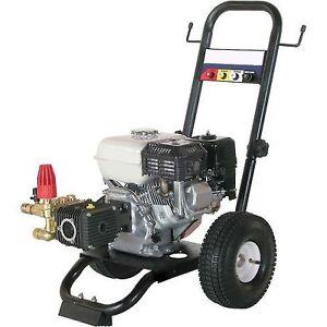 2,700 PSI Pressure Washer - 6.5 HP - Honda GX Engine with Comet Pump LWD-K3025GS